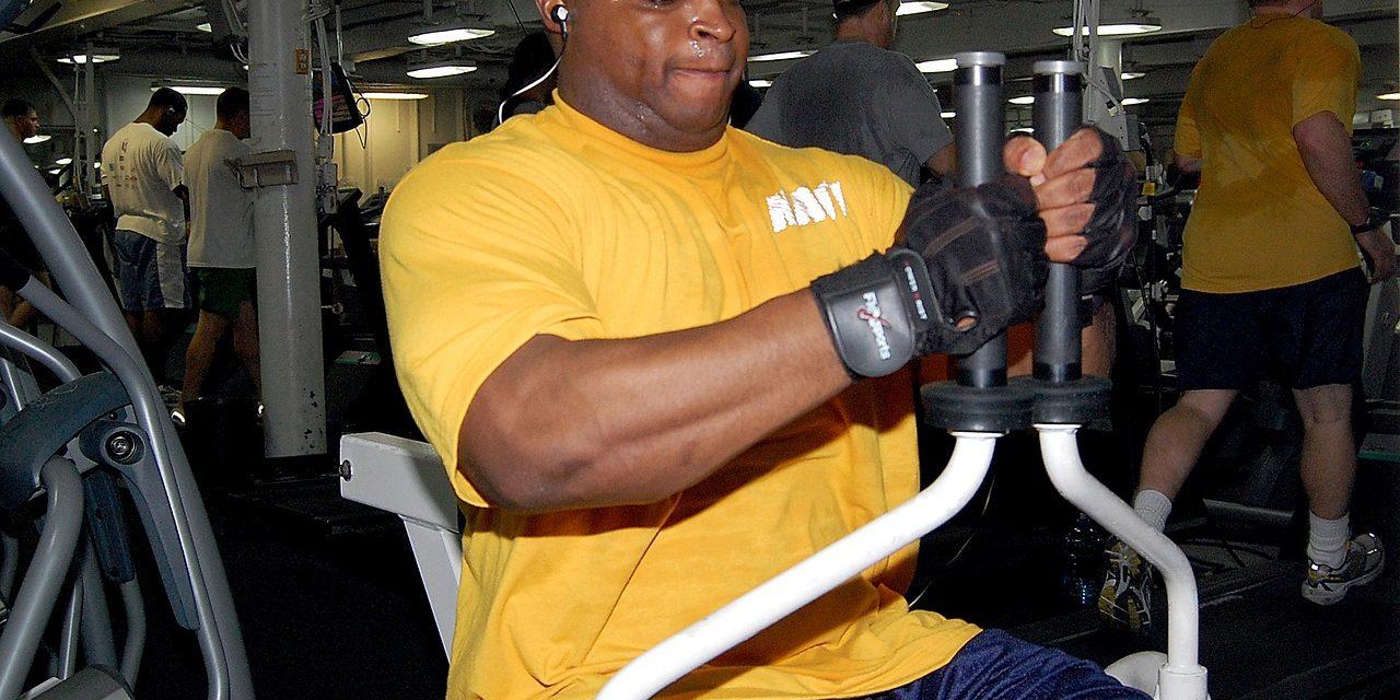 Comment la testostérone influe-t-elle sur la prise de muscle ?